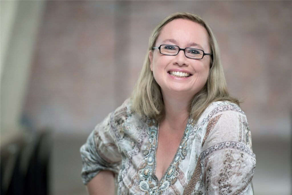 Frau Mag. Andrea Starzer MBA